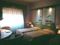 2 photo hotel GOLDEN TULIP MANIN HOTEL, Milan, Italy